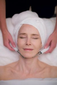 Microcurrent Natural Facial